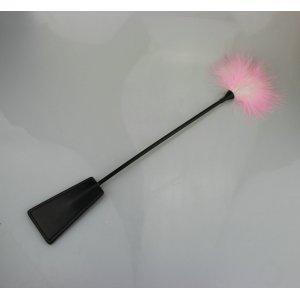 Стек-тиклер черный с бело-розовым пером